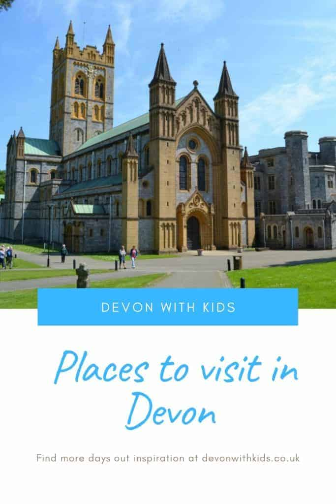 What's to do in Devon? LOTS! Here's a huge list of unmissable things to do in Devon with kids including plenty of place to visit. You'd be hard pressed to be bored! #Devon #England #UK #daysout #family #kids #thingstodo #attractions #castles #themeparks #swimming #zoo #park #NationalTrust #active #visit #places #trains