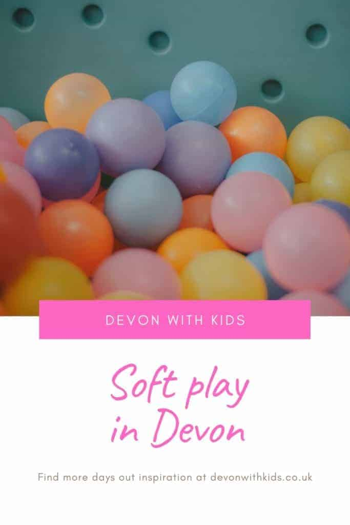 What's to do in Devon? LOTS! Here's a huge list of unmissable things to do in Devon with kids including soft play. You'd be hard pressed to be bored! #Devon #England #UK #daysout #family #kids #thingstodo #attractions #castles #themeparks #swimming #zoo #park #NationalTrust #active #visit #places #trains