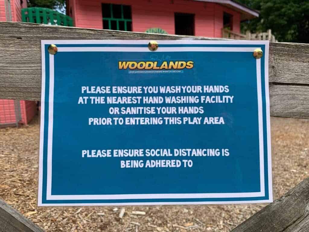 Woodlands Family Theme Park hand washing sign