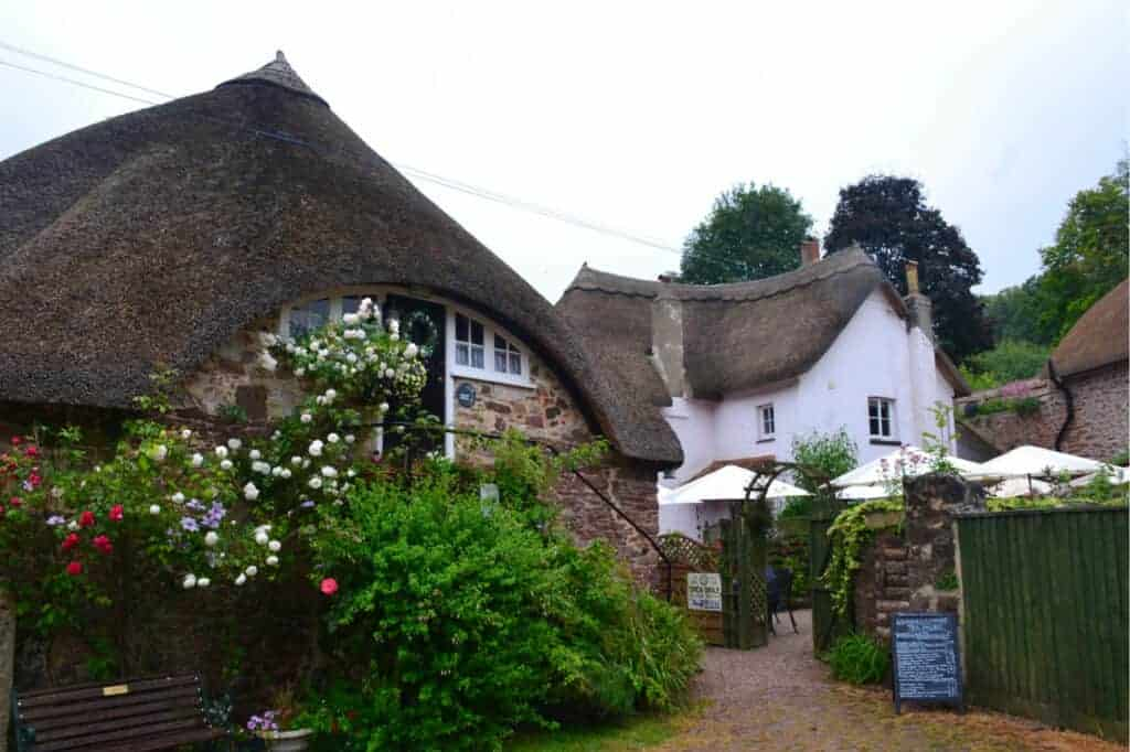 Thatched cottage in Cockington Village