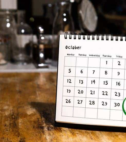 Calendar with dates circled for a weekend in October